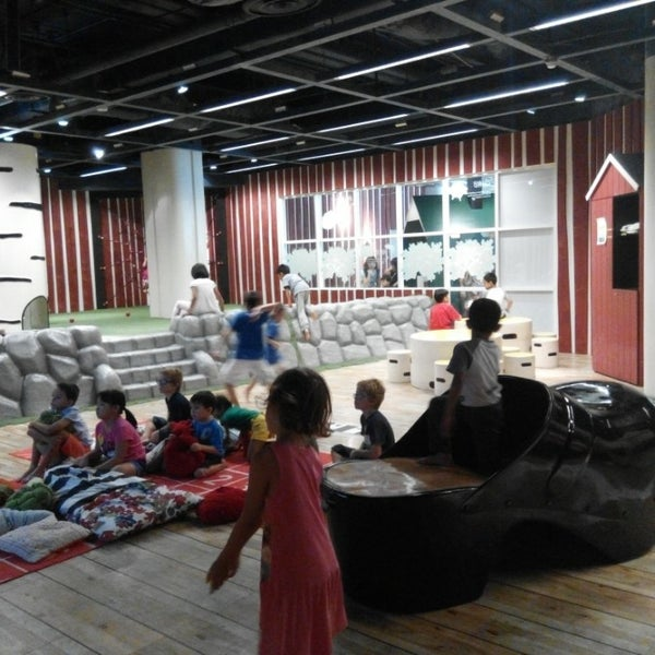 photos at ikea sm land playground in singapore. Black Bedroom Furniture Sets. Home Design Ideas