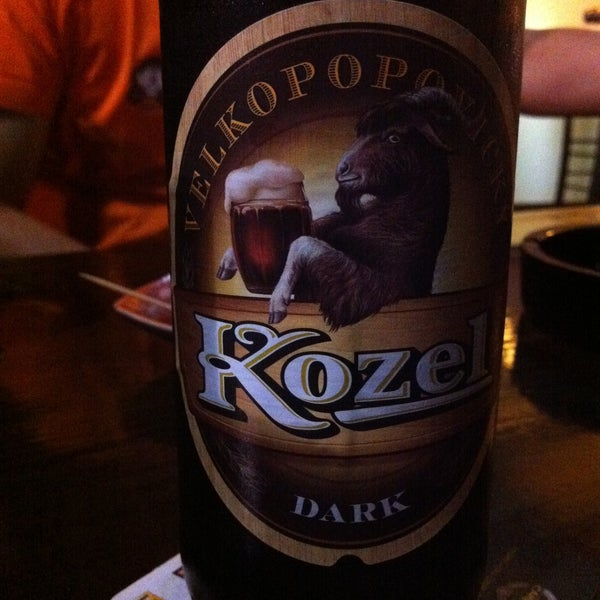 Photo taken at Beer Tales by Javier G. on 7/6/2013
