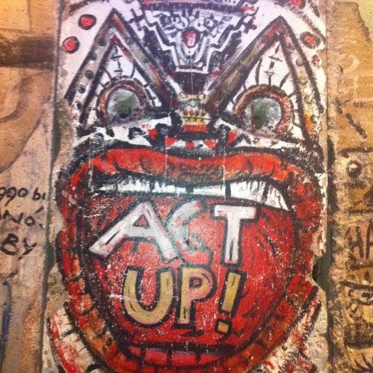 Foto tirada no(a) Newseum por Armie em 11/11/2012