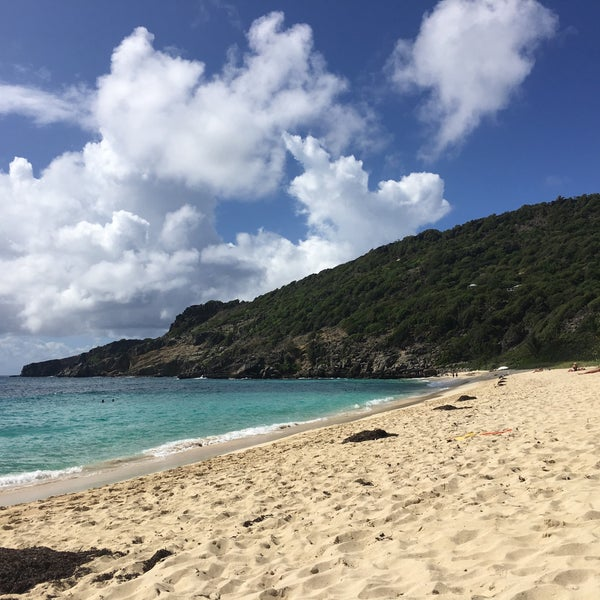 Photo taken at Plage du Gouverneur by Angel L. on 11/13/2016