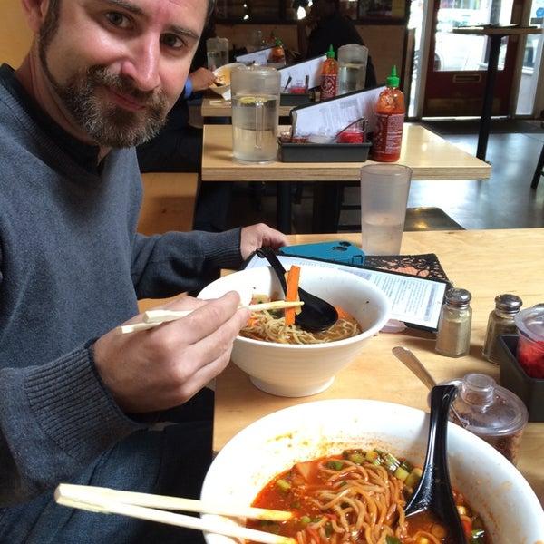 Photo taken at Samurai Noodle by Elena M. on 8/28/2014