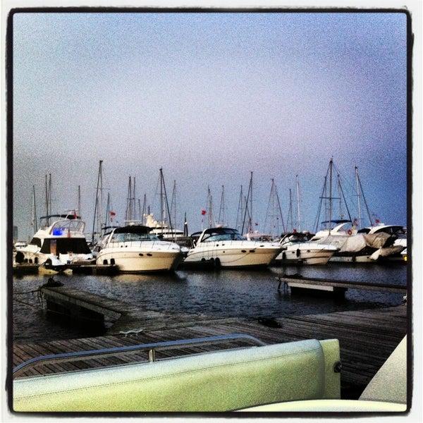 7/26/2013 tarihinde Murat E.ziyaretçi tarafından Ataköy Marina'de çekilen fotoğraf