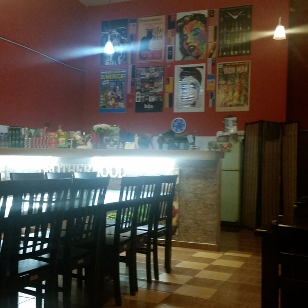 Nice cosy place to hangout with family & friends...friendly staff...the food portion are reasonable with the price...love it