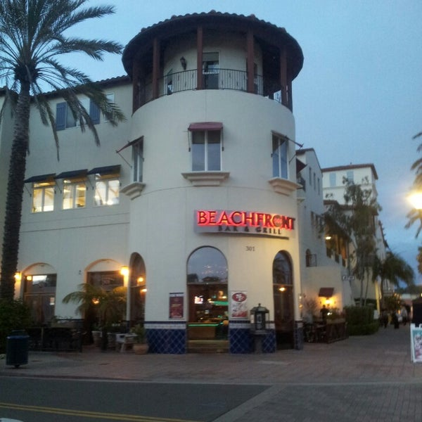 Beachfront Bar Huntington Beach