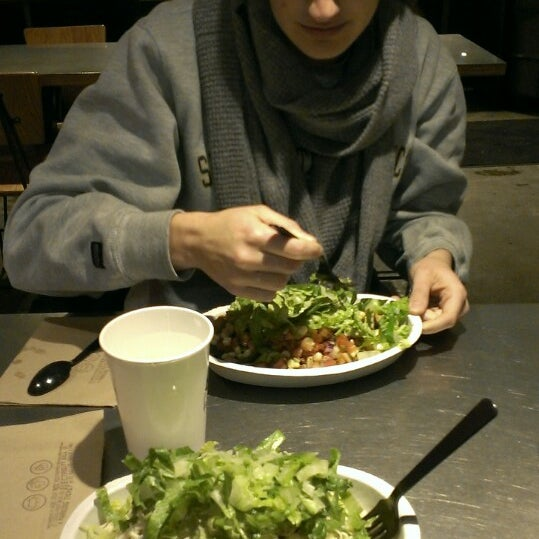 Photo taken at Chipotle Mexican Grill by Devin B. on 12/16/2013