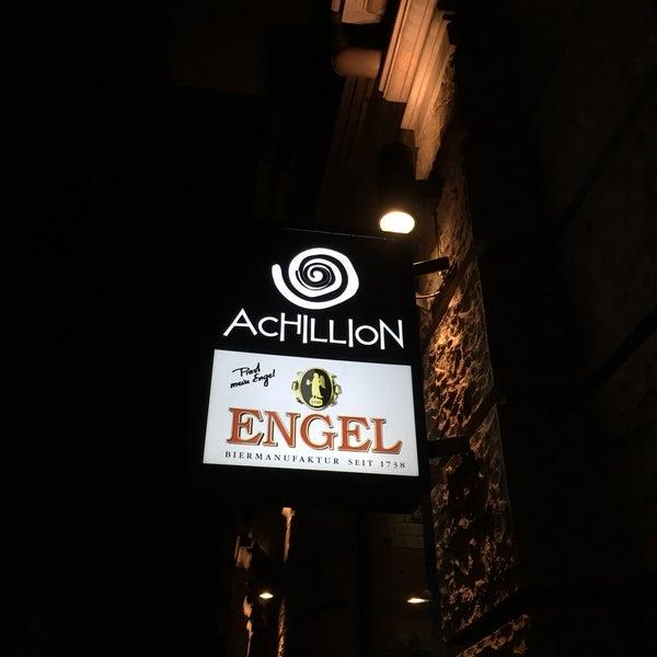 Das Foto wurde bei Restaurant Achillion von Riedelwerk (. am 1/4/2017 aufgenommen