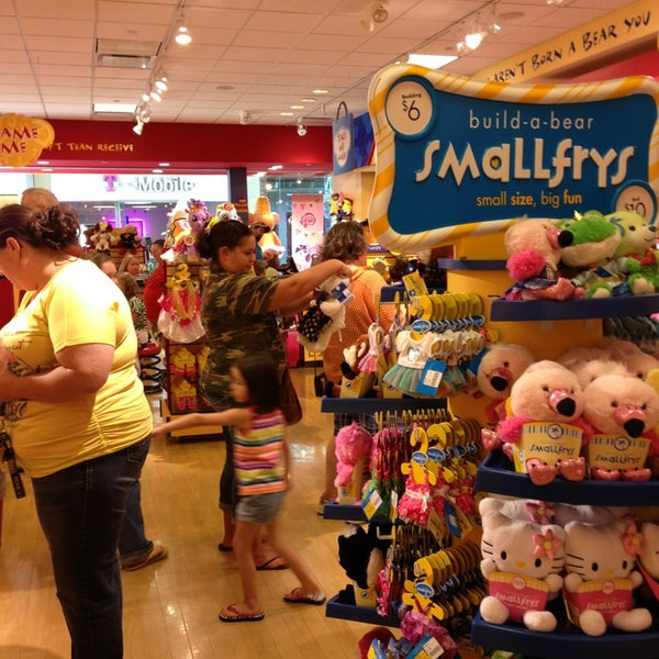 How to use a Build-A-Bear Workshop coupon If you recently made a purchase at a local Build A Bear Workshop, check your receipt for coupon codes that can be used for an online purchase. They sometimes have special pricing on their website as well as promotions of reduced prices on certain items when you buy others%().