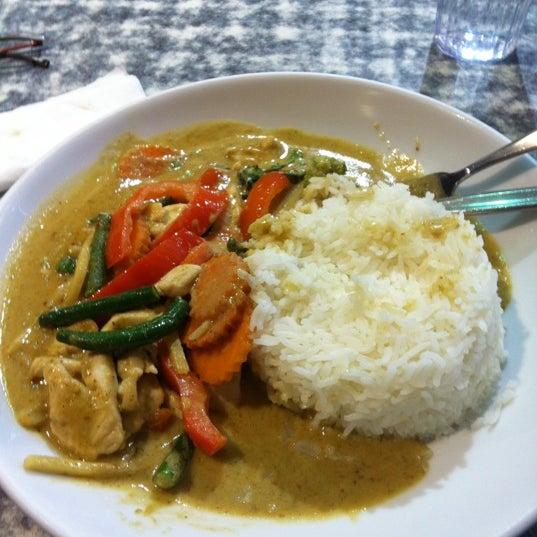 Photo taken at Taste of Thai by steven B. on 10/19/2012