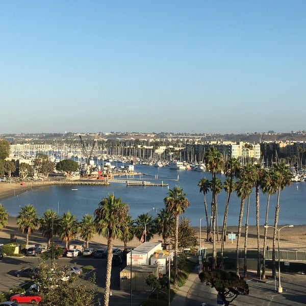 Photo taken at Marina Del Rey Marriott by Norman E. on 10/12/2017