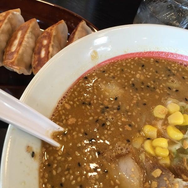 2/20/2015 tarihinde Jun I.ziyaretçi tarafından 幸楽苑 東大和店'de çekilen fotoğraf