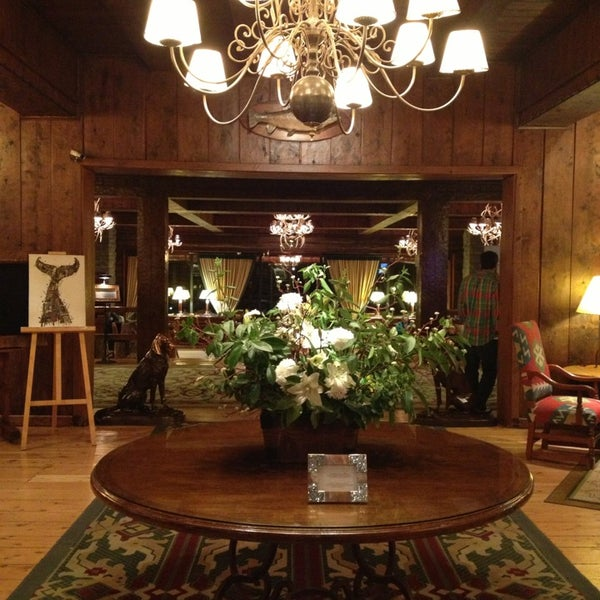 Foto tomada en Llao Llao Hotel & Resort por Clarissa G. el 8/25/2013