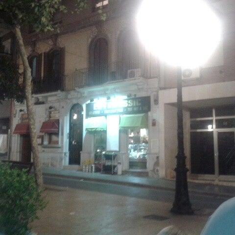 Foto tomada en Cafè el Trifàssic por Daniel E. el 7/26/2013