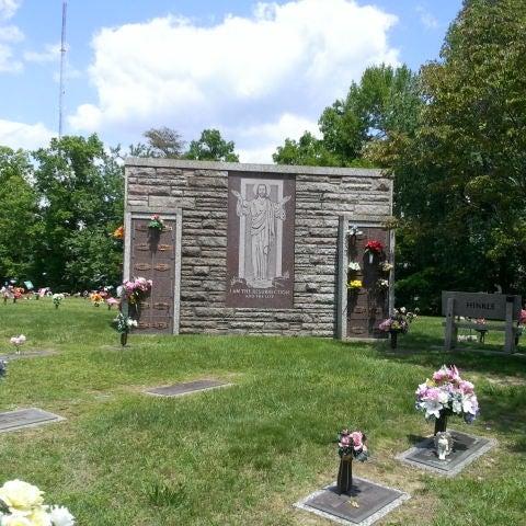 Sunset Memorial Gardens Cemetery - 1 tip