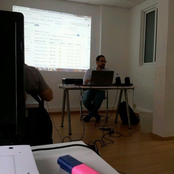 Foto tomada en IEM Business School por Lorena el 4/10/2014