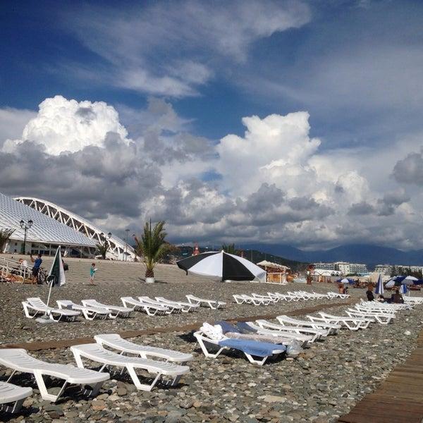 Снимок сделан в Radisson Blu Resort Beach пользователем Nat S. 8/28/2015