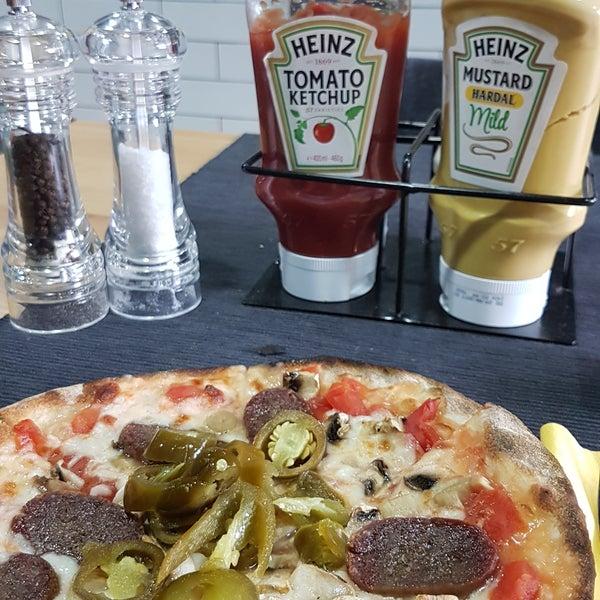 Pizzalari çok iyi! Ince hamur ve kaliteli malzeme super olmus😋