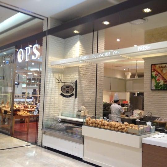 Photo taken at OPS Bread & Cake by Yongshin C. on 11/21/2012