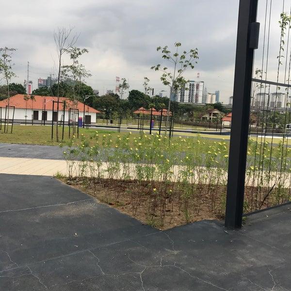 Photo taken at Taman Rekreasi Pudu Ulu by Aidiel Adzim G. on 7/25/2017