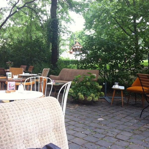 Das Foto wurde bei Café Maingold von Leonarda am 8/2/2014 aufgenommen