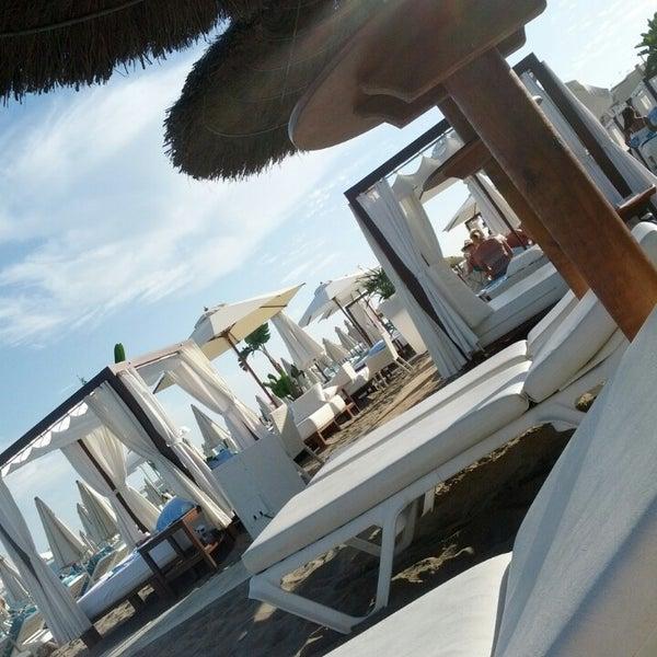 Foto tomada en Playa Miguel Beach Club por Alexander A. el 10/2/2013