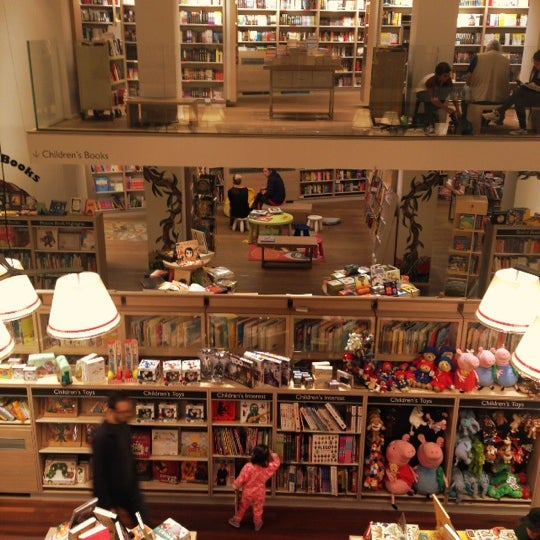 Photo taken at Foyles by maryam a. on 9/27/2014