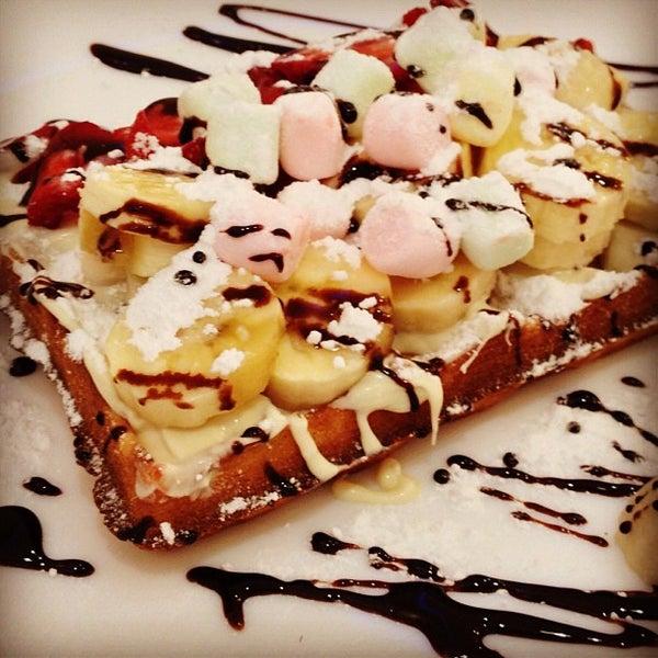 Foto tirada no(a) Waffle Edem por H. Serkan S. em 6/15/2013