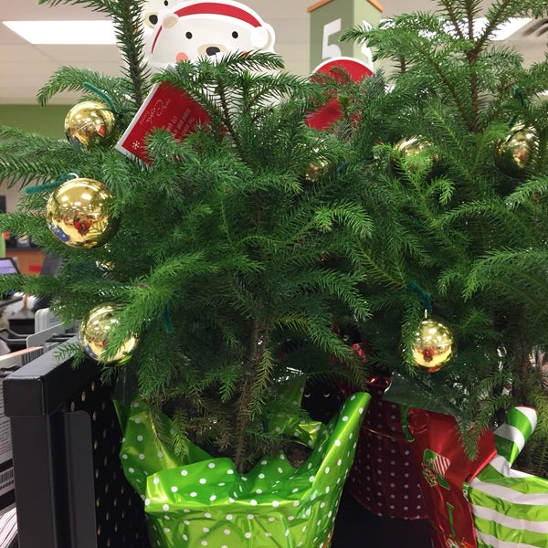 Santa Claus Green Felt Christmas Tree Skirt Nwt Trimmery Shopko 49
