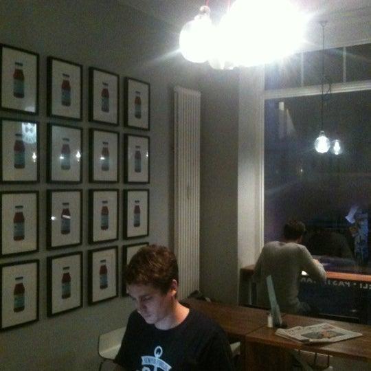 Das Foto wurde bei NOODELI - Pasta Take Away von Maximus C. am 11/24/2012 aufgenommen