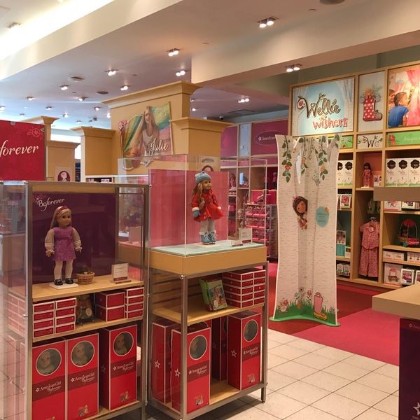 American Girl Store - Diverse Shop I Natick-4118