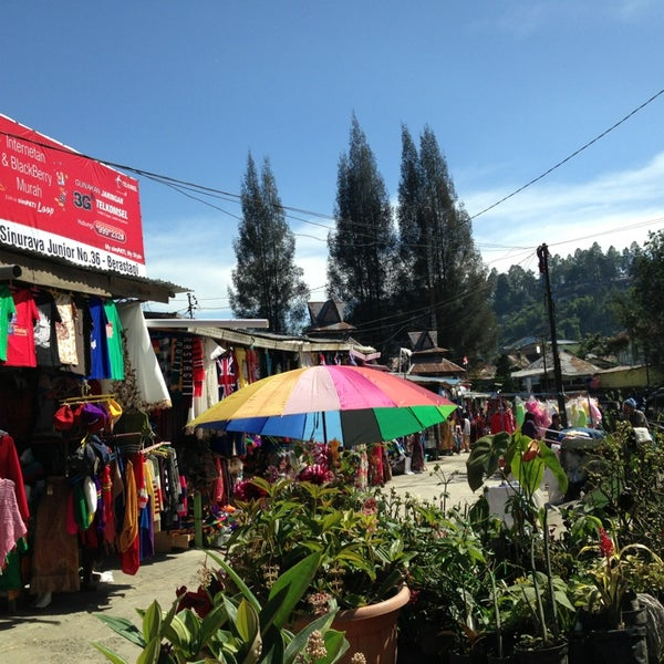 Photo taken at Pasar kaget berastagi by Mia J. on 8/15/2013