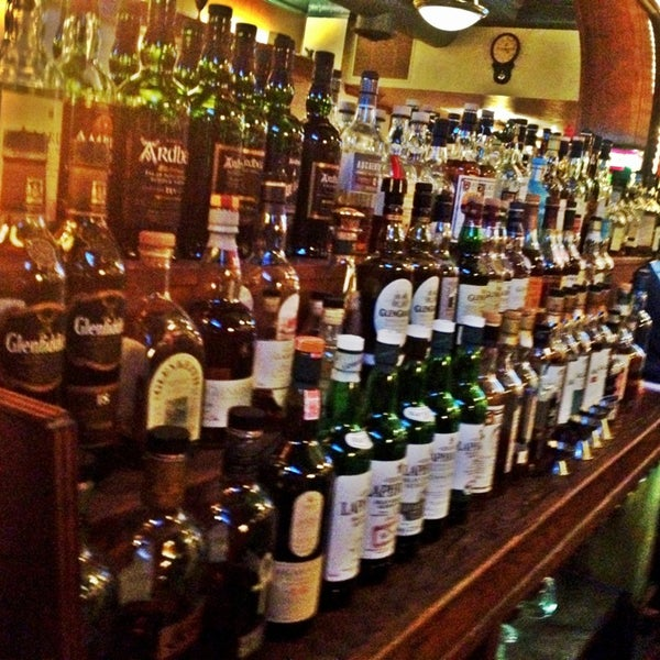 Scottish Pub Bar: Pub In Southside Flats