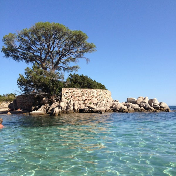 Where's Good? Holiday and vacation recommendations for Corsica, France. What's good to see, when's good to go and how's best to get there.