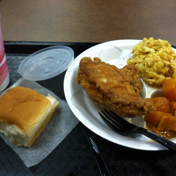 Photo taken at Nana's Soul Food Kitchen by Chloe R. on 8/13/2013