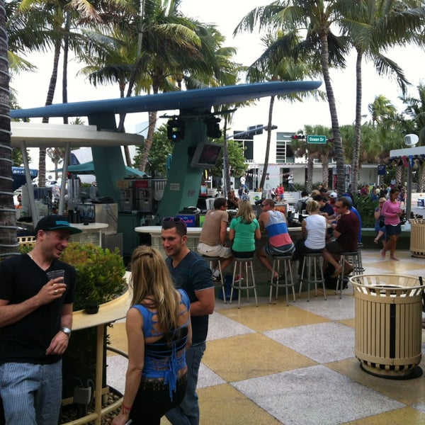Photo taken at Clevelander South Beach Hotel and Bar by Gustavo N. on 12/31/2012