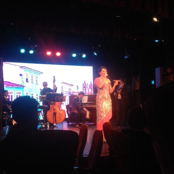 Снимок сделан в Театр-кабаре на Коломенской/ The Private Theatre and Cabaret пользователем Аленушка З. 6/22/2016