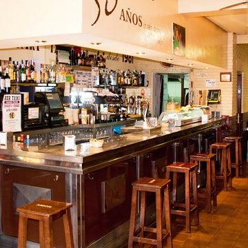 Foto tomada en Bar Txiki por Bar Txiki el 11/15/2014