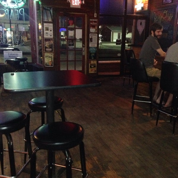 Photo taken at Peabody's Ale House by Cree M. on 8/10/2014