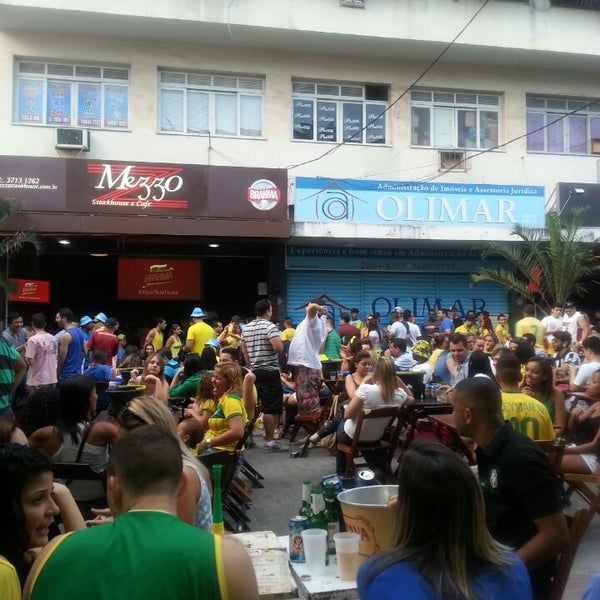 Photo taken at Repartição by Mariih D. on 6/17/2014