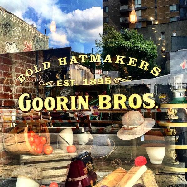Снимок сделан в Goorin Bros. Hat Shop - West Village пользователем Lina J. 8/29/2015