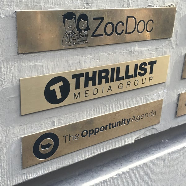 Photo taken at Thrillist HQ by Clément D. on 11/2/2015