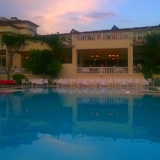 6/6/2014 tarihinde Ercan S.ziyaretçi tarafından Garden Resort Bergamot'de çekilen fotoğraf