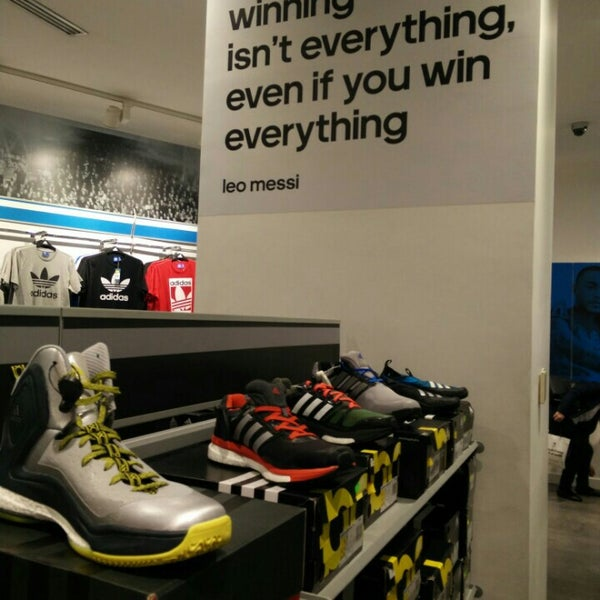 adidas near lamcy