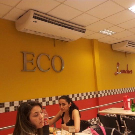Foto tirada no(a) Eco Lanches por Diego N. em 11/8/2012