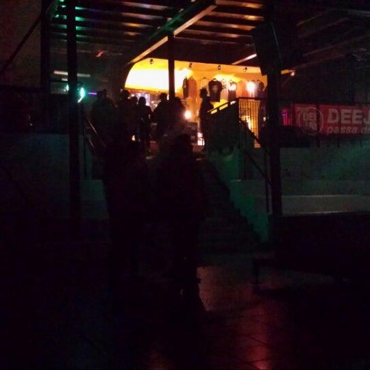 Foto scattata a Velvet Club & Factory da Lalla il 3/15/2014