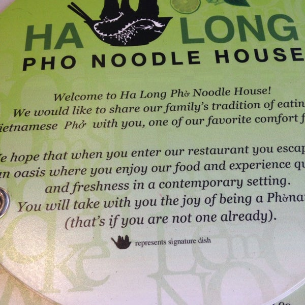 Photo taken at Ha Long Pho Noodle House by ❤️Ƙҽ ժ. on 4/22/2014