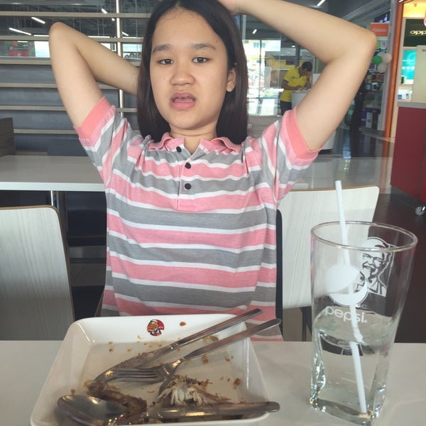 Photo taken at KFC by Supatchie M. on 6/8/2015