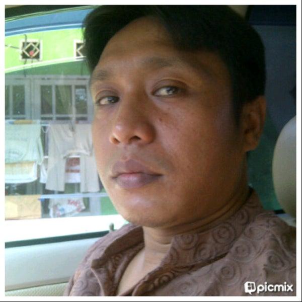 Photo taken at Indomart Pengasinan by syahir g. on 8/13/2013