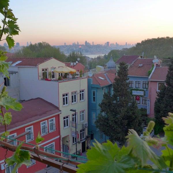 8/13/2013 tarihinde Anadolu Hotelziyaretçi tarafından Anadolu Hotel'de çekilen fotoğraf