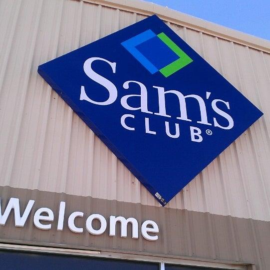 2/14/2013にTony P.がSam's Clubで撮った写真