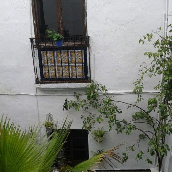 Foto tomada en Séneca Hostel por Pisali el 3/1/2014